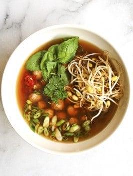Bijouxs_com-asian-chicken-soup