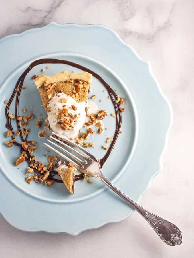 Bijouxs | Little Kitchen Jewels Chocolate Chunk Pie