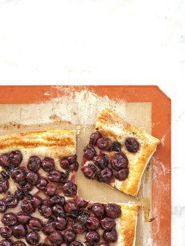 Sweet & Easy Cherry Tart | Bijouxs Little Jewels