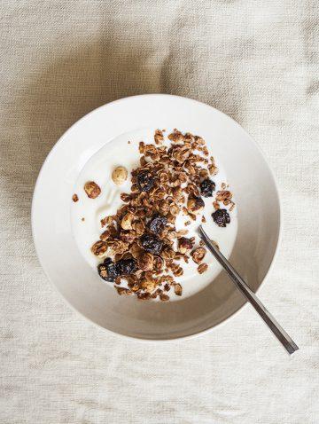Chocolate Cherry Granola | Bijouxs Little Jewels